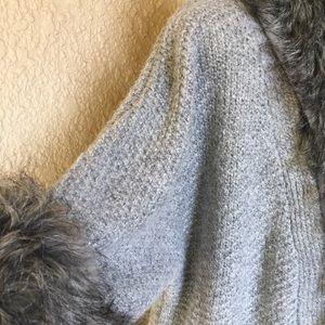 Kenar 3/4 Sleeve Sweater Faux Fur Collar & Cuffs
